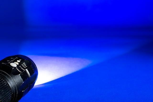 (Taschenlampen-)Schocker? (Josch13/pixabay)